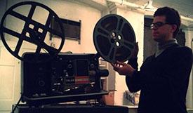 tom-projector150