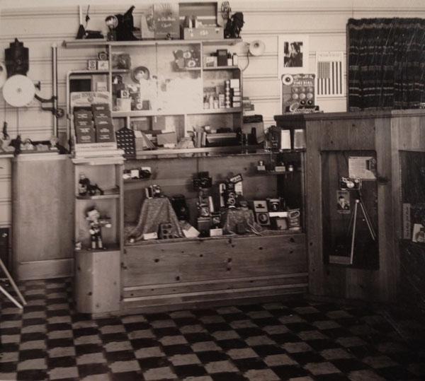 TKlein_CameraBug_1941
