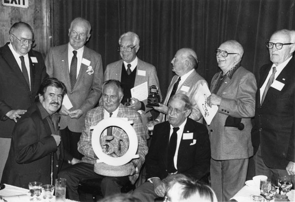 Front row (left to right): Rudy Zamora, Carl Urbano and Chuck Couch. Back row: Ray Patterson, Irv Spence, Bill Hanna, Friz Freleng, Carlo Vinci and Hicks Lokey.