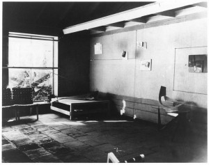 Interior view of Barbara Byrnes's American Contemporary Gallery in Hollywood in the late 1940s. Image courtesy of James Byrnes